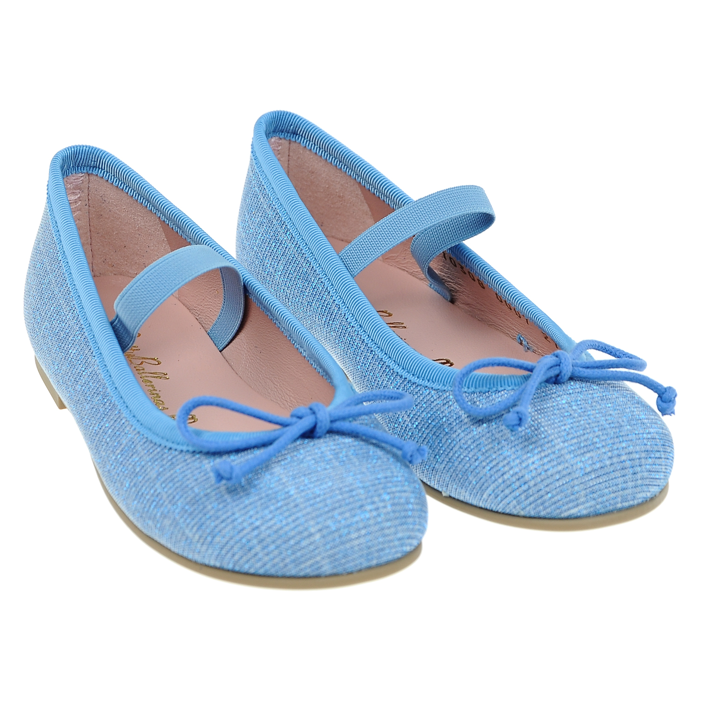 Туфли с эластичным ремешком