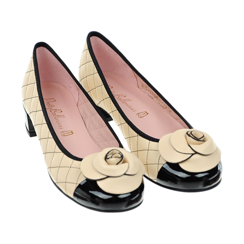 Туфли с цветочной аппликациейТуфли<br><br>