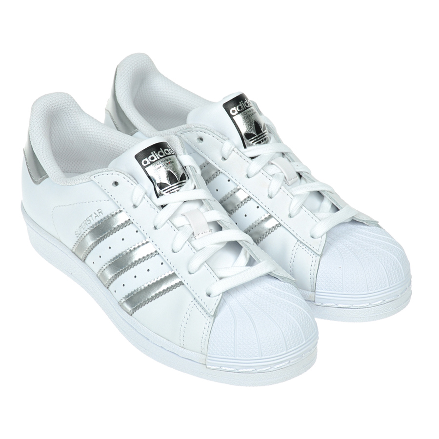 Кроссовки Adidas для девочекКроссовки<br><br>