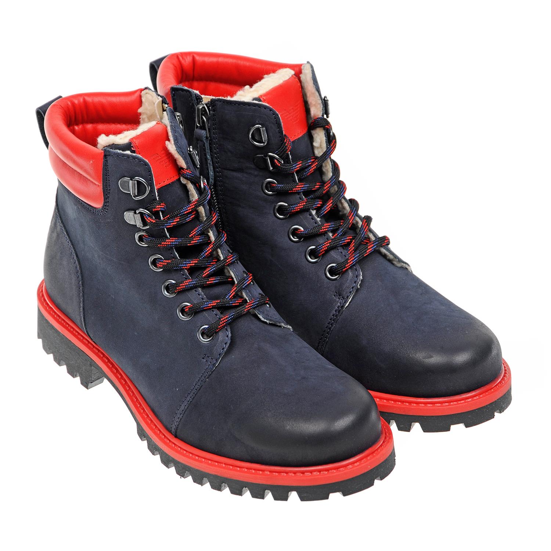 Купить со скидкой Высокие ботинки на шнуровке