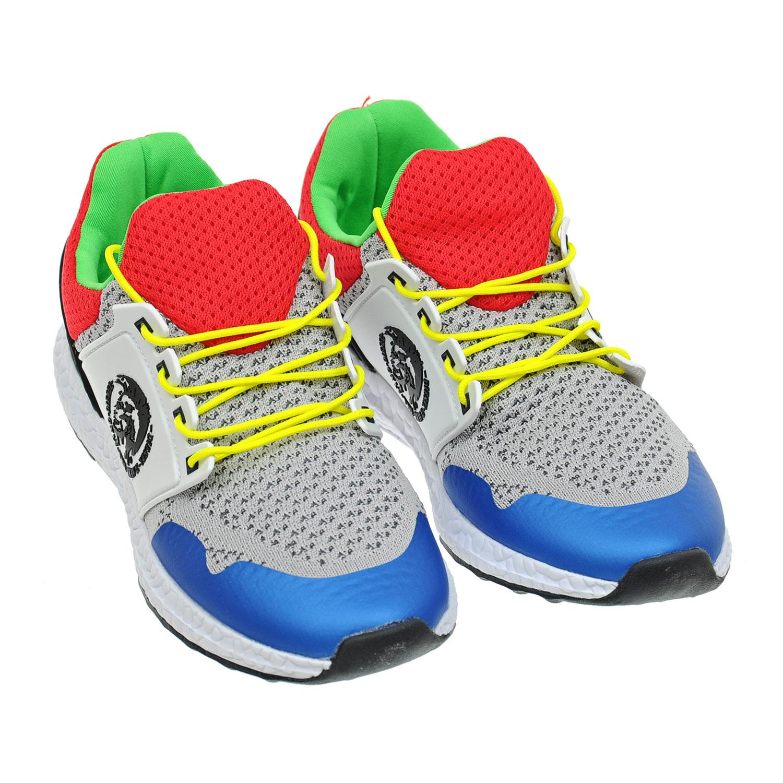 кроссовки на шнуровкеКроссовки<br><br>