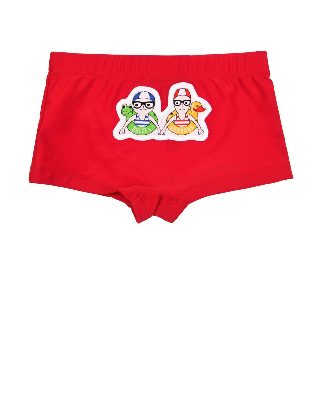 Красные плавки-шортыОдежда для пляжа<br>Красные плавки-шорты DolceGabbana из быстросохнущей ткани. Модель декорирована аппликацией с изображением Stefano  Domenico.