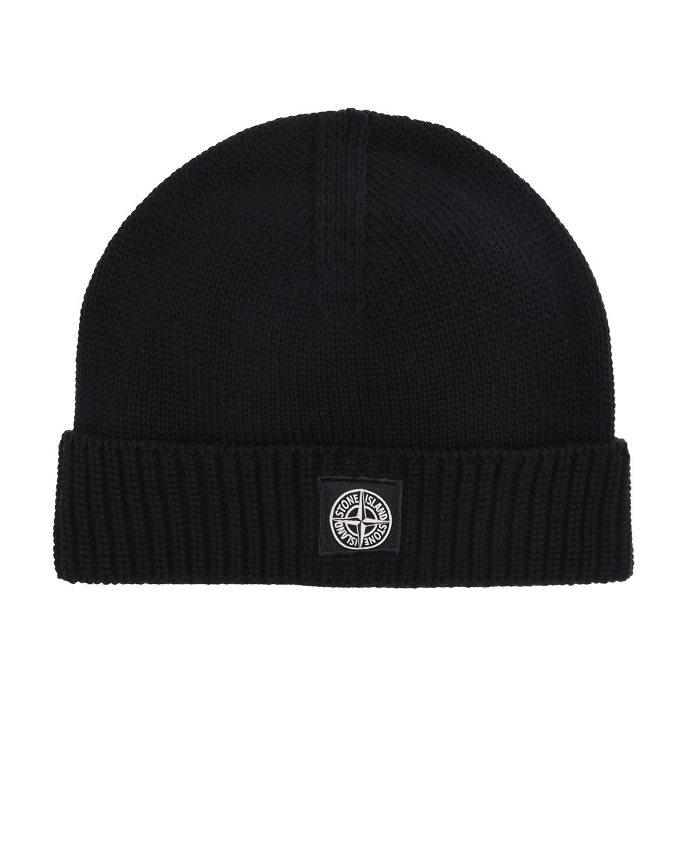 Черная шапка с логотипом на отвороте Stone Island.