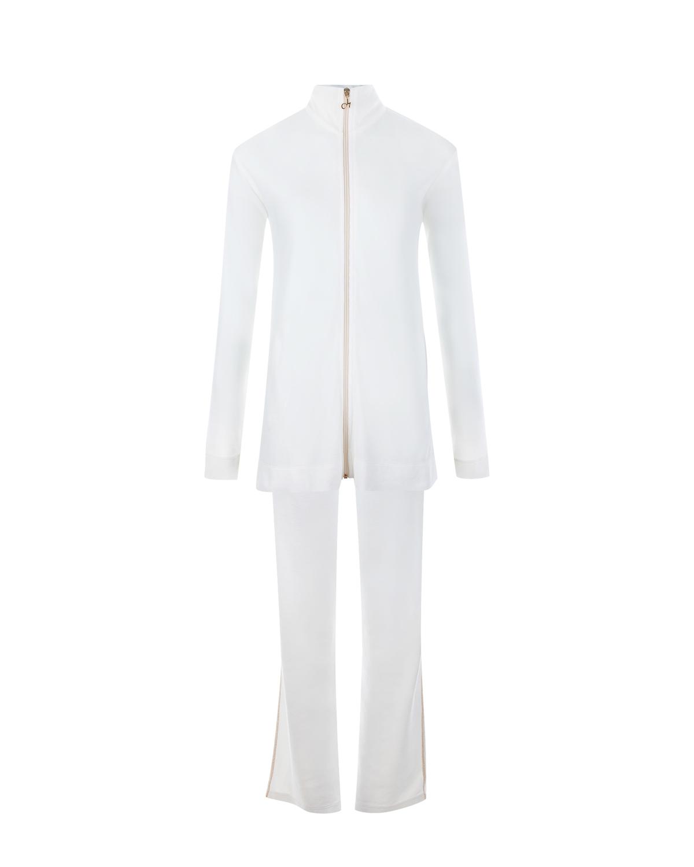 Белый повседневный костюм DehaТрикотаж<br>Белый велюровый костюм в стиле casual из коллекции итальянского бренда Deha состоит из свободной элегантной куртки и слегка расклешенных брюк. Мягкая плотная ткань на основе хлопка обеспечит комфорт и тепло. Боковые швы комплекта оформлены золотистыми строчками. Олимпийка с воротником-стойкой и втачными рукавами застегивается по центру на металлическую молнию с фирменным декоративным пуллером.