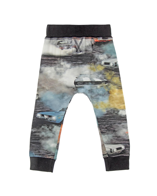 Брюки спортивные MOLOСпортивная одежда<br>Длинные спортивные брюки MOLO из хлопкового трикотажа с запоминающимся принтом. Широкий контрастный пояс на резинке обеспечивает комфортную посадку по фигуре. Эластичные манжеты по низу брюк.